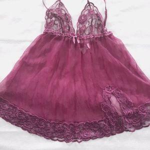 3/$25🎉 Fredricks of HW Purple Lace/Sheer Babydoll